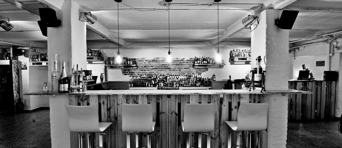 Cocktailbar in der IN-LIVE Cocktailschule Frankfurt